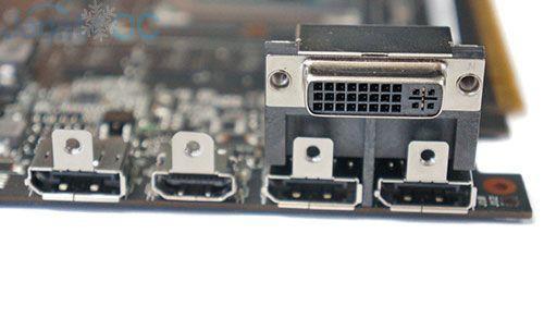 Back panel: 3 Display Port, 1 HDMI, 1 DVI-D