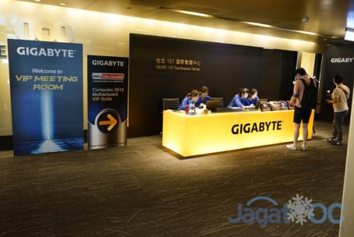 VIP Suites di Taipei 101 disulap menjadi arena demo extreme OC