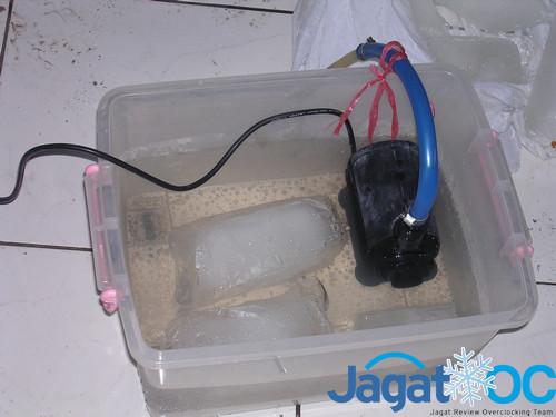 Kdang tidak hanya ember, namun baskom ataupun sebuah kontainer plastik bisa jadi reservoir