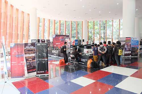 Venue Lomba terletak pada Lobby gedung baru BEC Bandung