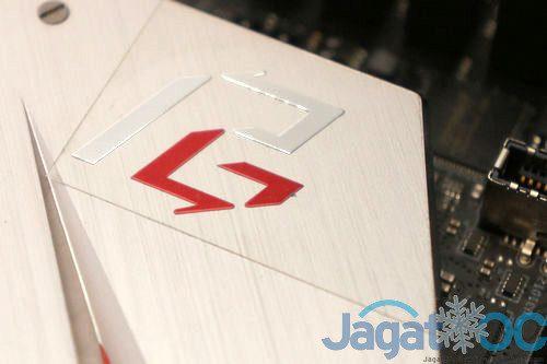 Z390PhantomGaming9 DSC03365s